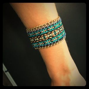 Express tribal bracelet